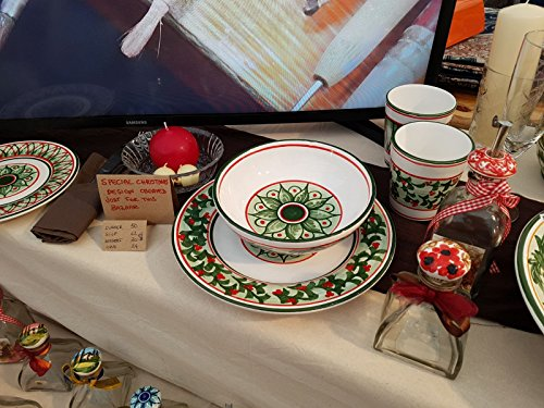 Soup, Pasta or Salade Bowl with the SPECIAL christmas decoration, completely hand-painted, and Made in Siena Italy.