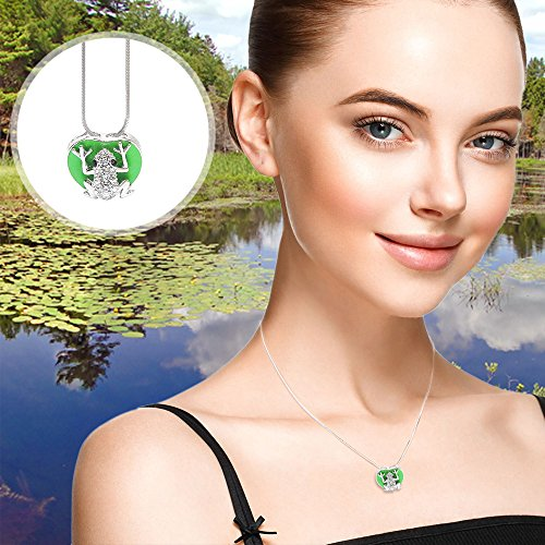 Buy crystal frog pendant