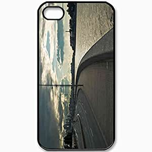 Protective Case Back Cover For iPhone 4 4S Case Embankment Parapet River Black