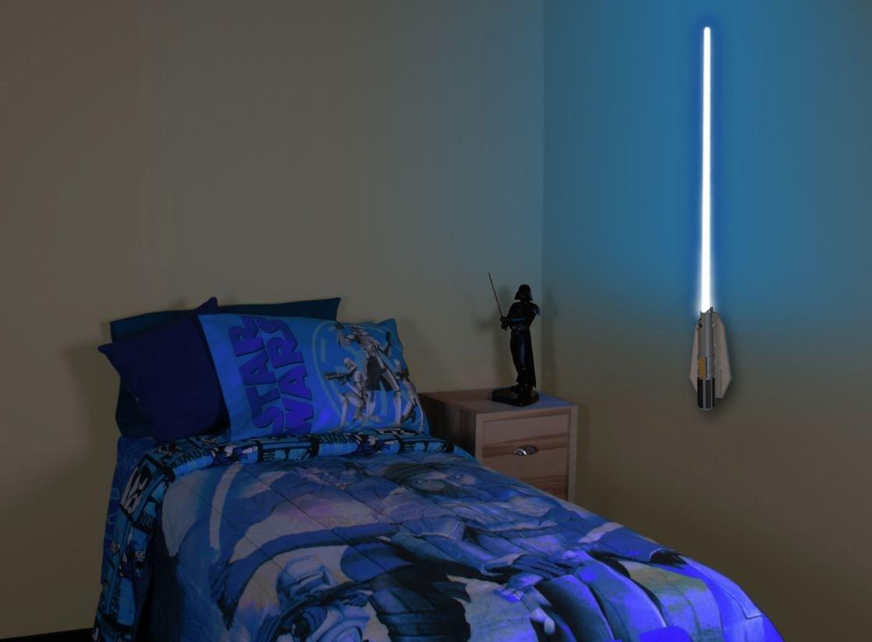 Star wars jedi lightsaber remote control build kids room for Star wars kinderzimmer