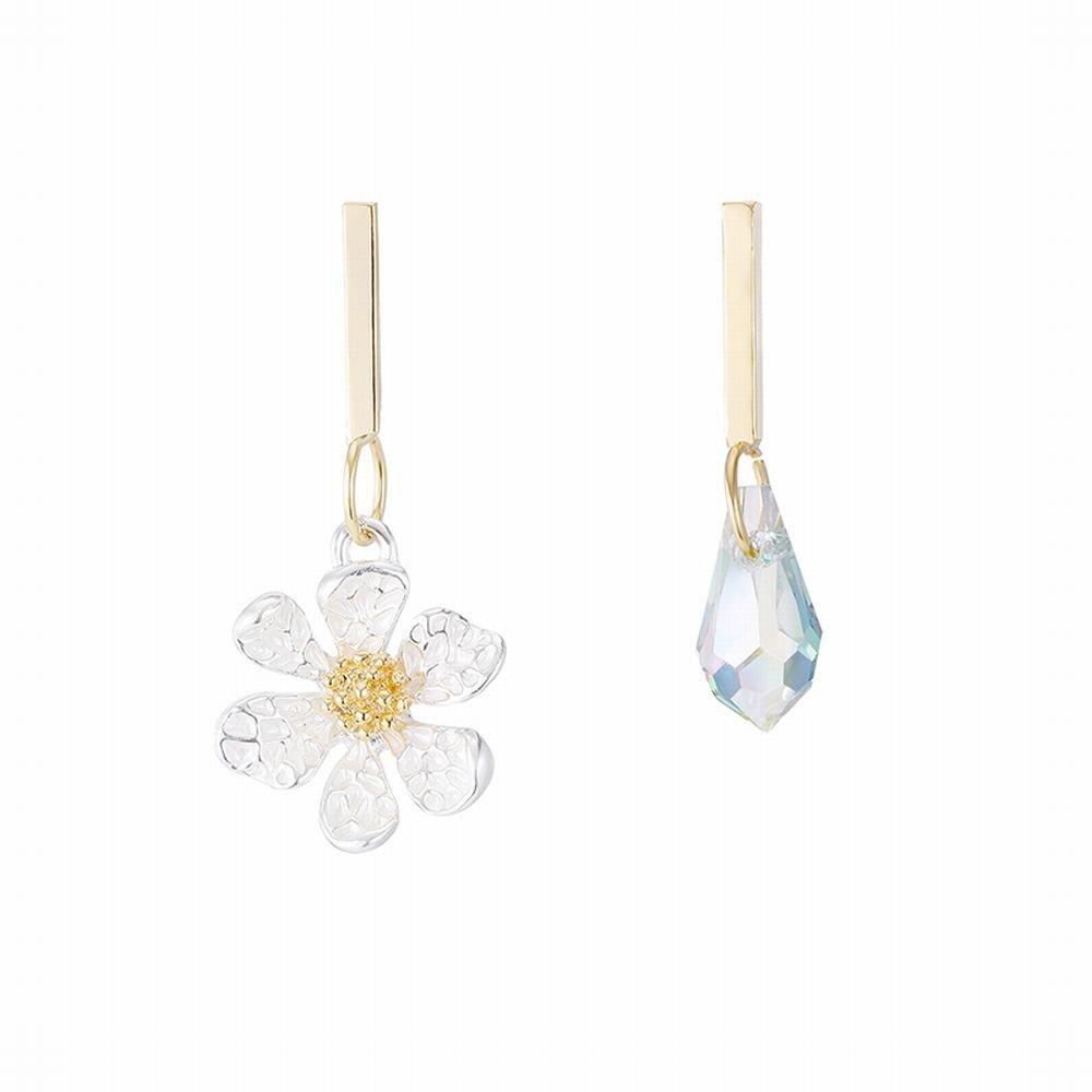 Ling Studs Earrings Hypoallergenic Cartilage Ear Piercing Simple Flower Earrings Crystal Asymmetric Earrings Short Earrings