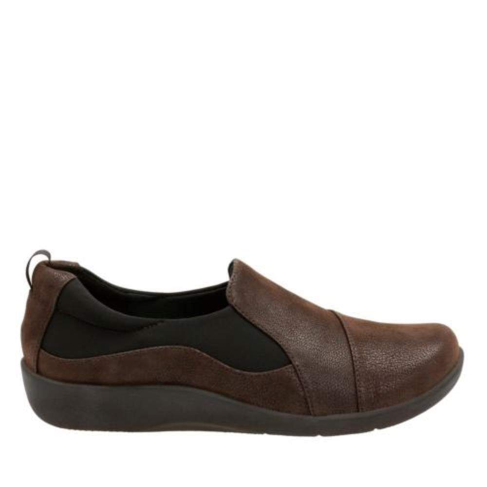 CLARKS Women's, Sillian Paz Slip On - Shoe Brown 7.5 N - On dbc977