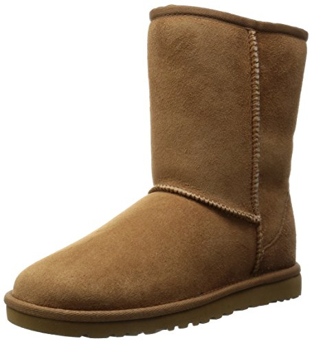 (UGG Men's Classic Short Sheepskin Boots, Chestnut, 10 D(M) US)