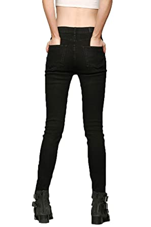 68c8b7b876 Urban Outfitters BDG Twig High-Rise Jeans-Black (24) at Amazon ...
