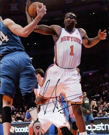 Autographed Stoudemire Photograph - New York Knicks 8x10 - Beckett Authentication - Autographed NBA Photos