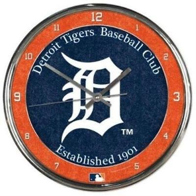 (Detroit Tigers Round Chrome Wall Clock)