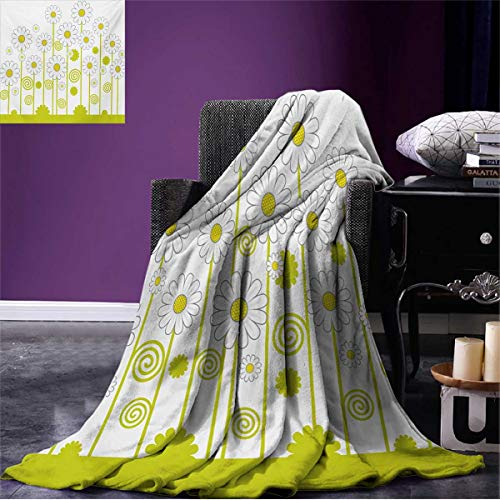 er Blanket Daisy Flowers in a Sunny Day with Leaves Garden Cartoon Swirl Details Image Beach Yellow and White W50 x L30 inch ()