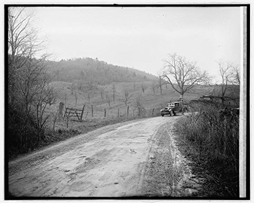 (Reproduced 8 x 10 Photo of: Ford Motor Co, Lincoln in Shenandoah NAT. Park, Virginia 1918 National Photo Company)