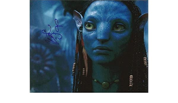 Zoe Saldana Signed Avatar 8x10 1 At Amazon S Entertainment