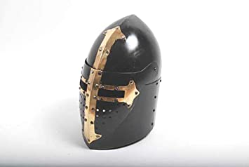 Casco Templario Negro. Metalico. Enteramente funcional a tamaño real