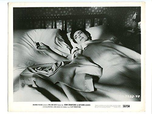 MOVIE PHOTO: AUTUMN LEAVES-1956-PROMO STILL-JOAN CRAWFORD-DRAMA - Joan Crawford Leaves Autumn