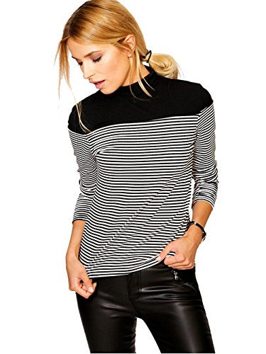 Blooming Jelly Turtleneck Striped Pullover