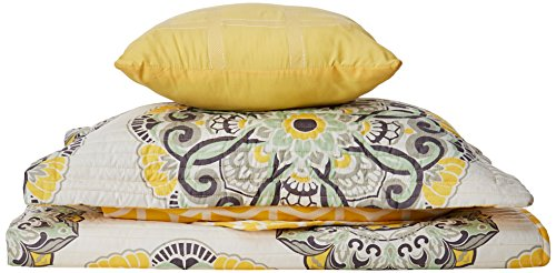 Chic Home Madrid 3 Piece Reversible Quilt Set Super Soft Microfiber Large Printed Medallion Design with Geometric Patterned Backing Bedding Set with Decorative Pillow and Sham, Twin Yellow (Bedding Sets Clearance)