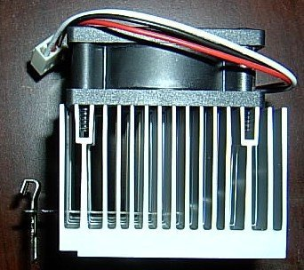 (Athlon Sempron Duron CPU Cooler - Heatsink + Fan Combo for AMD Socket 370 / 7 / A)