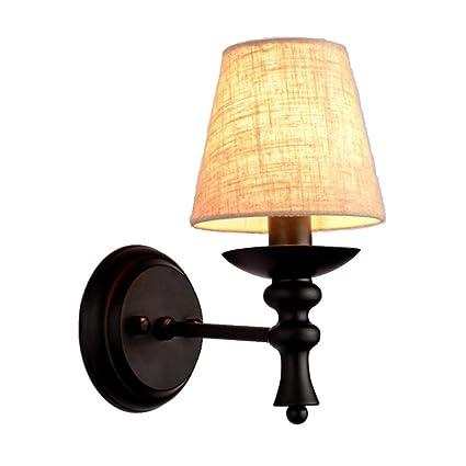 Bonita lámpara de pared Lámpara de hierro Cuerpo Paño Lámpara de tela Pantalla Pantalla Dormitorio nórdico