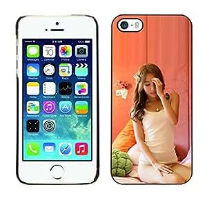 YiPhone /// Prima de resorte delgada de la cubierta del caso de Shell Armor - Belleza sexy Janpanese Asain - iPhone 5 / 5S