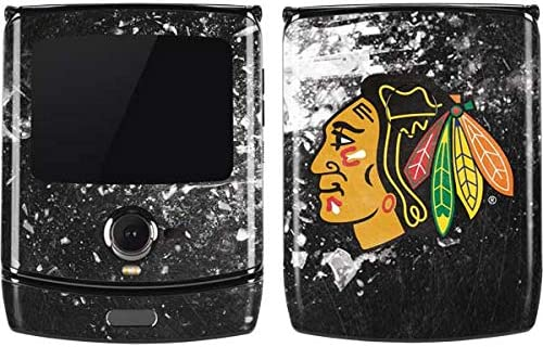 Amazon Com Skinit Decal Phone Skin For Motorola Razr Officially Licensed Nhl Chicago Blackhawks Frozen Design Electronics
