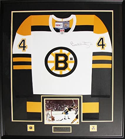 Bobby Orr Boston Bruins signed white jersey frame at Amazon\'s Sports ...