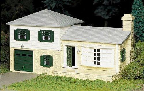 House Plasticville Usa Building - 4