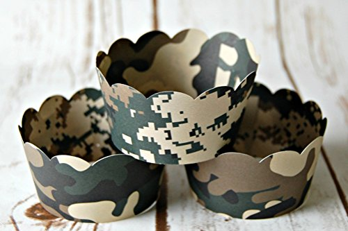 Camouflage Cupcake Wrappers, Reversible Cake Wraps, Camo Cupcake Decoration (set of 6)
