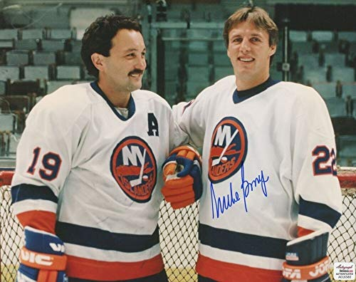 Mike Bossy Autographed Signed Islanders 8x10 Photo Autograph Reference 500 Nhl Goals - Certified Signature