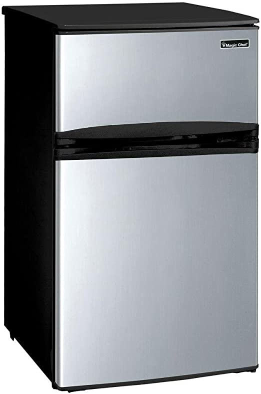 Magic Chef 3.1 cu Mini Refrigerator in Black ft