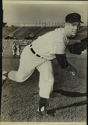 - Vintage Photos Historic Images Press Photo Art Houtteman, Cleveland Indians Baseball Pitcher - sas11283-10.25 x 7.25 in