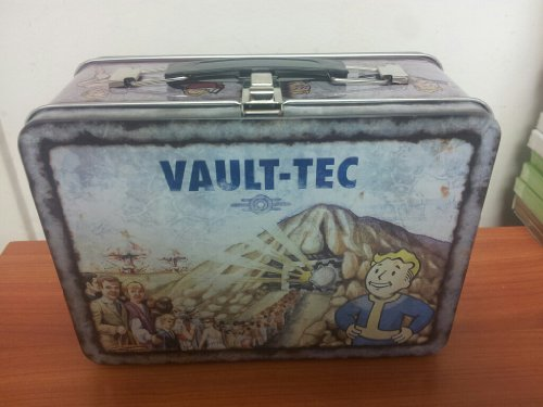 Exclusive Fallout 3 Collectors Lunchbox