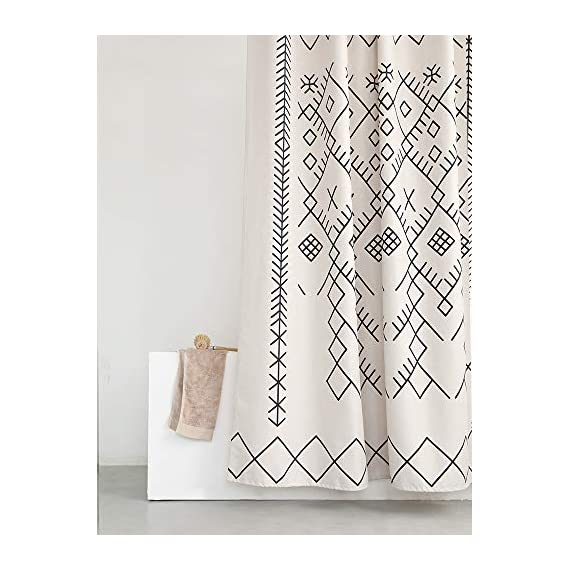 YoKii Boho Moroccan Fabric Shower Curtain, Tribal Beige Geometric Trellis Polyester Bath Curtain Set, Decorative Spa Hotel Heavy Weighted 72-Inch Bathroom Curtains, (72 x 72, Moroccan Inspired)