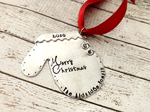 Christmas ornament, personalized Christmas ornament, mitten ornament