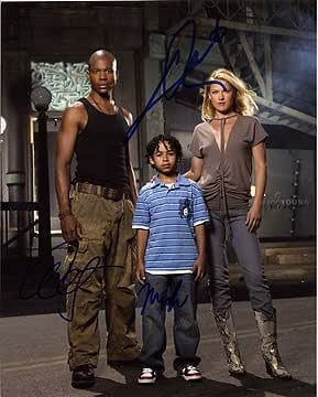 Heroes Leonard Roberts Ali Larter Noah Gray Cabey 8x10 Cast Photo Signed In Person At Amazon S Entertainment Collectibles Store Check out this biography to know about his childhood, family life, achievements and fun facts about him. heroes leonard roberts ali larter