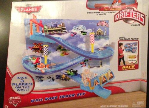 MATTEL ディズニー プレーンズ マイクロドリフターズ プレイセット ウォールレーストラックセット / Disney PLANES MICRO DRIFTERS WALL RACE TRACK SETの商品画像