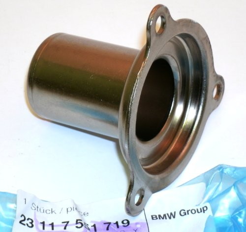 (Genuine MINI (BMW R52 R53) GUIDE SLEEVE / TUBE for Clutch Release Bearing (Cooper S 2004-2008) - FACTORY 23117551719)