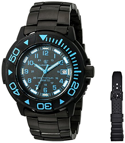 Smith & Wesson Men's SWW-900-BLU Diver Swiss Tritium Black Dial Stainless Steel and Rubber Band Watch