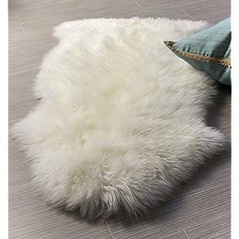 Amazoncom Overland 4Pelt Australian Sheepskin Rug CHAMPAGNE