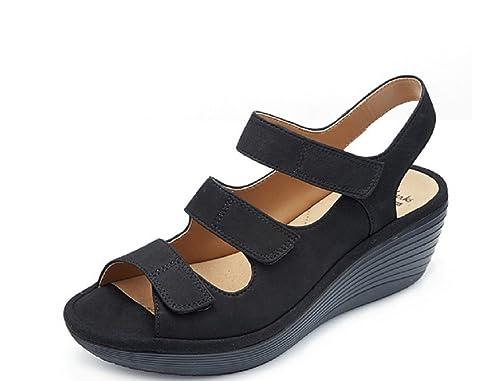 0f29617c6 Clarks Reedly Juno Wedge Shoe with Soft Cushion - Black - UK 5 E   Amazon.co.uk  Shoes   Bags