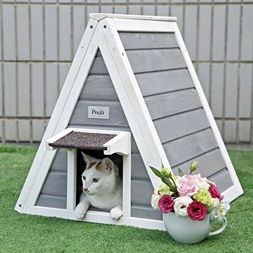 Petsfit Casa de madera del gato del triángulo con la puerta del escape, puerta principal con el alero para prevenir la lluvia para el gato y los animales ...