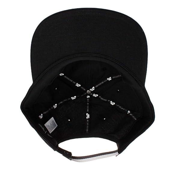 0981a87f Nike SB Heritage86 Strapback Hat - AV7884 (Black/Thunder Grey) at Amazon  Men's Clothing store:
