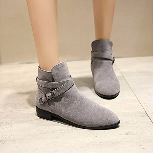 A pointed square, a low heel, a big yard, a short boot Grey (Terry)