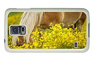 Hipster Samsung Galaxy S5 Case silicone pony in flower field PC White for Samsung S5