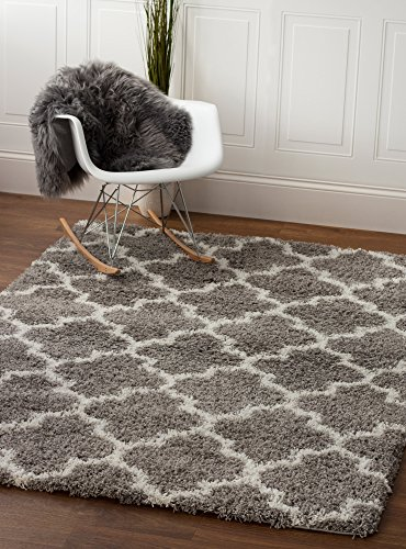 Super Area Rugs Moroccan Trellis Cozy Shag Rug for Home Decor 5' x 7', Gray & White