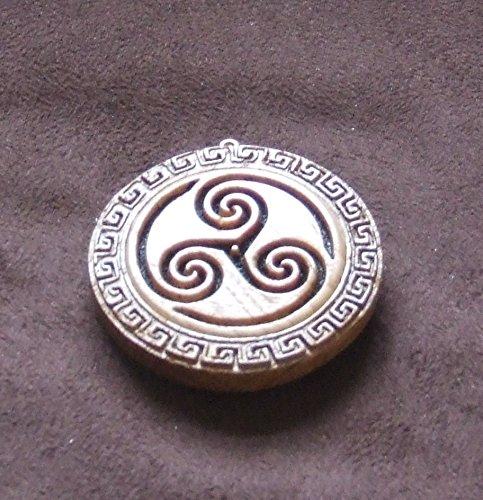 Wooden celtic triskele pendant amazon handmade wooden celtic triskele pendant aloadofball Image collections