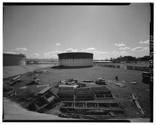 (Photo: U.S. Naval Base,Pearl Harbor,Jet Engine Fuel Storage Tank,Lehua Avenue,Hawaii,5 )