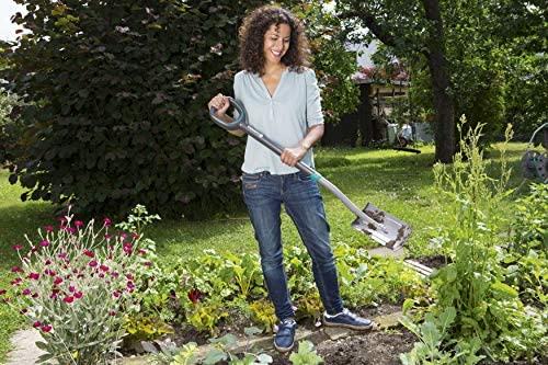 GARDENA ErgoLine Small Spade: Garden spade of high-quality steel for turning over and removing soil, with foot rest and ergonomic D handle (17011-20)
