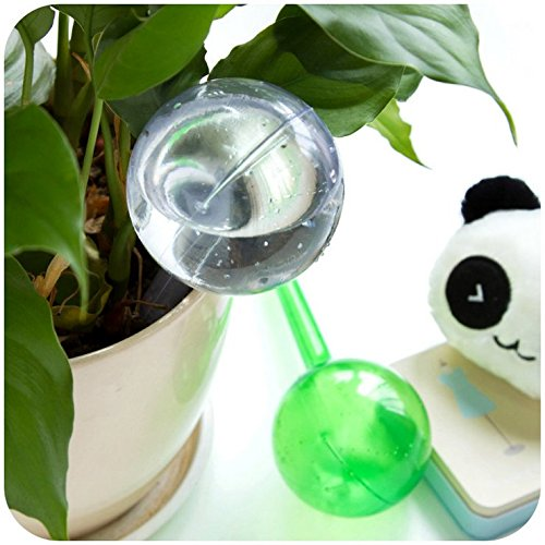 Mike pups Plant Automatic Watering Plastic Bulbs Set - Includes Two Large Watering Globes & Two Small Watering Globes (Transparent+Green) self watering globes Stakes (Set of 4)