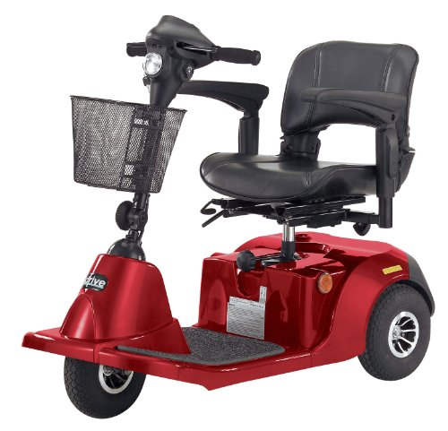 a 3 GT Medium Sized 3 Wheel Scooter with Comfortable Padded Seat, Red, Medium (Daytona 3 Scooter)