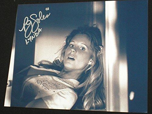 PJ SOLES Signed 8x10 Photo Lynda Halloween Autograph G]()