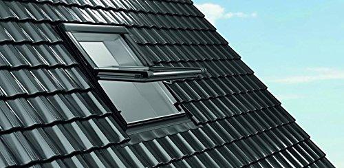 Dachfenster aus Kunststoff Roto mit Eindeckrahmen (74x118)