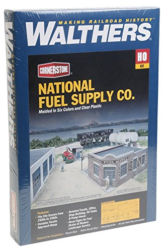 Walthers SceneMaster National Fuel Supply Kit