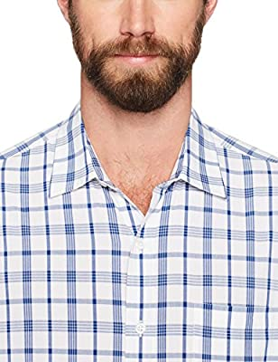 Amazon Essentials Men's Regular-Fit Short-Sleeve Casual Poplin Shirt, White/Blue Plaid, Small